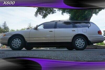 1995 Toyota Camry LE  80000 Miles 7 Seater 1995 Toyota Camry, Gold with 80,018 Miles available now!