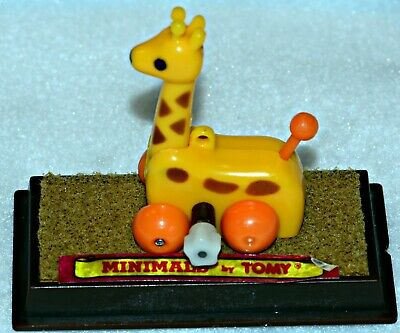 "Tomy Minimals Wind-Up Toy ""JesseThe Giraffe"" 1982"
