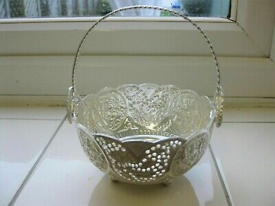 SOLID SILVER PERSIAN BOWL WITH HANDLE & HALLMARK 84, 157 grams