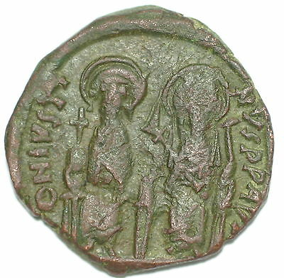 BYZANTINE BROZNE COIN FOLLIS JUSTIN AND SOPHIA CONSTANTINOPOLIS YEAR VI 30 mm