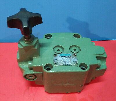 Sperry Vickers Pressure Reducing Valve XG 06 3F 30 Min to 2850 psi         [496]