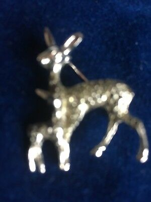 Silver Metal 'Fawn With  Baby' Vintage-1960/70-Brooch-Very Pretty Inherited Pce.
