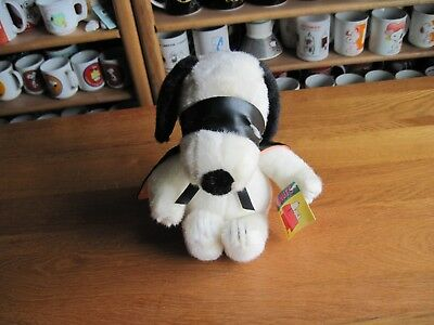 """Snoopy / Peanuts Plush With Mask And Cape 8"""" Tall Applause"""
