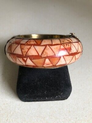 Wide Chunky Vintage Brass Bangle Bracelet with inlaid Beige Neutral colored Stone Shell Chips CIJ