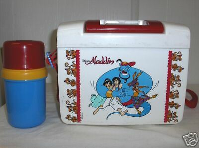 Aladdin`White Plastic Lunchbox & Insulated Thermos`-:>Has No Cracks-:>Free To US