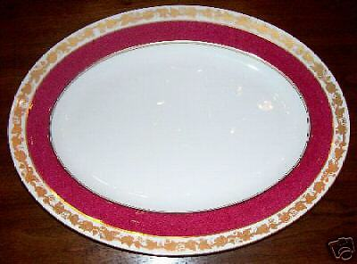 Wedgwood WHITEHALL W3994 Small Oval Platter