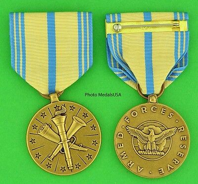 ARMED FORCES RESERVE MEDAL AIR FORCE -full size made in the USA- USM099