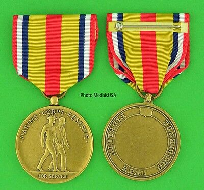 SELECT MARINE CORPS RESERVE MEDAL - USMC - Made in the USA - full size USM069