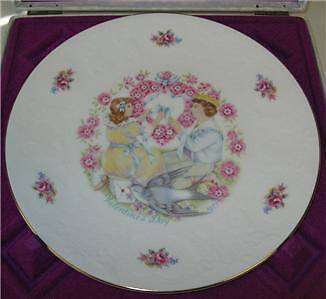 Royal Doulton Valentines Day Plate 1977 Mib