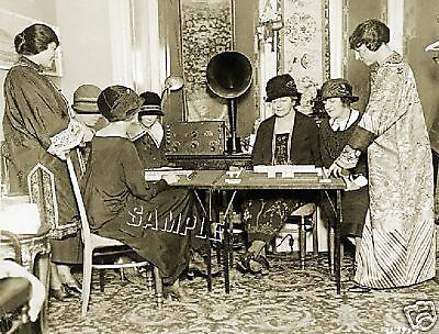 1920s WOMEN MAH JONGG by RADIO *CANVAS* PHOTO ART PRINT