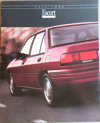 Great Condition 1992 FORD ESCORT BROCHURE 92