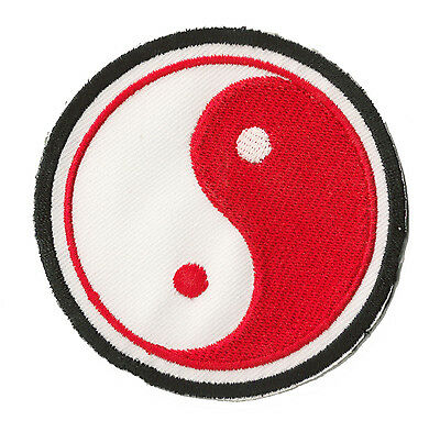 Patche écusson brodé patche Ying Yang rouge patch brodé thermocollant