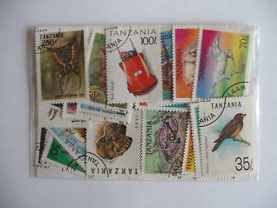 Timbres Afrique / Tanzanie : 50 Timbres Tous Differents / Stamps Africa Tanzania