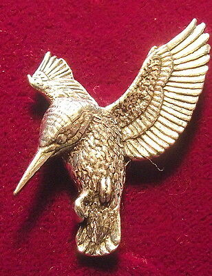Quality Pewter Hovering Kingfisher Brooch Pin : Quality