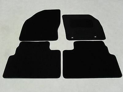 Ford Kuga 2008-12 Fully Tailored Deluxe Car Mats in Black.