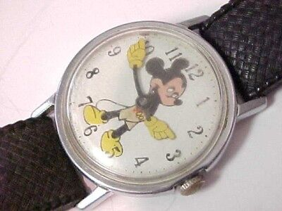 Vintg 1970's Walt Disney Productions Mickey Mouse Watch