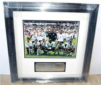 Framed England Football Team 11 Signed Players May 05