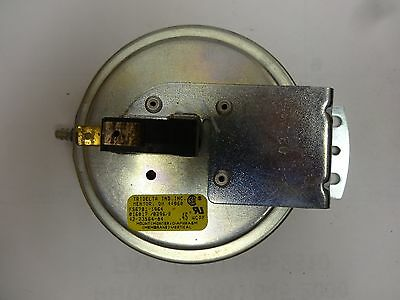 Pressure Switch #42-23564-04 (Used)