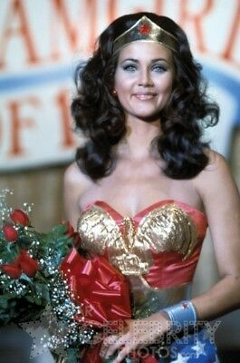 WONDER WOMAN photo 294 Lynda Carter