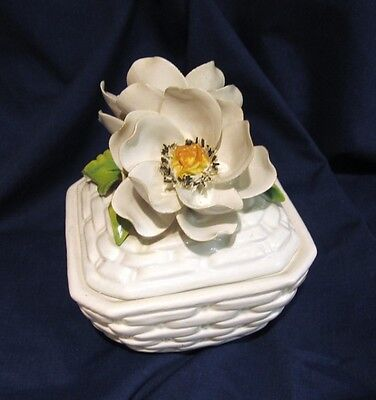 Capodimonte Covered White Basket Trinket Dresser Box