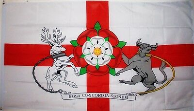 NORTHAMPTONSHIRE FLAG 5X3 Northampton Kettering Daventry COUNTY WARSTORE FLAGS