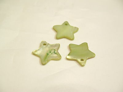 10 x Natural Shell Dyed Star Beads: BNSB112 Green