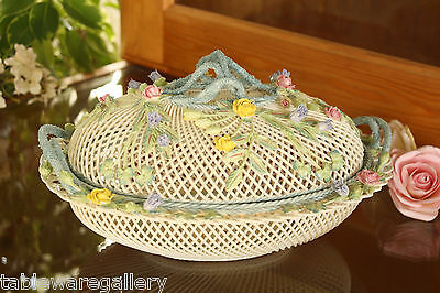 Belleek Pottery Giftware Oval Covered Basket (New)