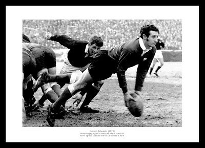 Gareth Edwards Wales Rugby Legend 1970 Photo Memorabilia (588)