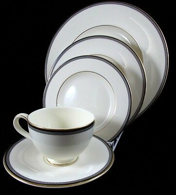 Royal Doulton OLYMPIA Bone China 5 PC Place Setting  GREAT CONDITION