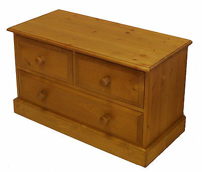 UK Hand Made Solid Pine Bedroom 2 Over 1 (3 Drawer) Chest of Drawers