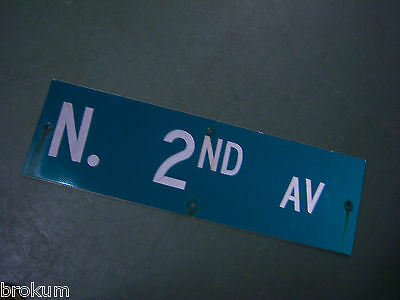 "Vintage ORIGINAL N. 2ND AV STREET SIGN WHITE LETTERING ON GREEN 30"" X 9"""