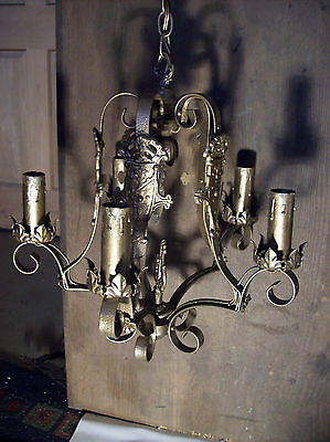 ornate 5 arm crest chandelier leaves and flowers (L 67)