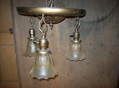 3 drop half frosted shades decorated pan fixture  (L 94)