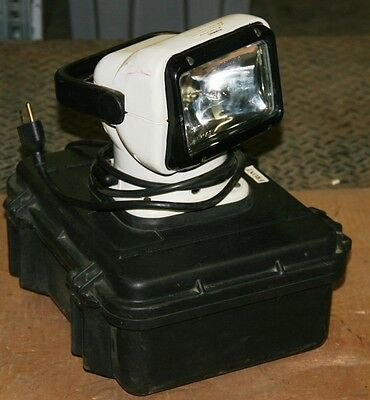 GoLight Portable Work Flood Light