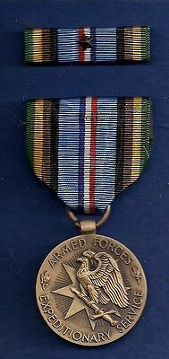 TMM* Vintage WWII Armed Forces Expeditionary Service medal & ribbon in orig. box