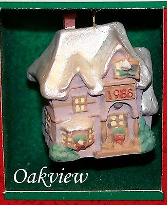 Hallmark 1988 Old English Village #1 *NIB-DB* Family Home Miniature Ornament