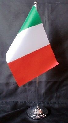 "ITALY DELUXE SATIN TABLE FLAG 9""X6"" CHROME POLE & BASE Stands 15"" high ITALIAN"