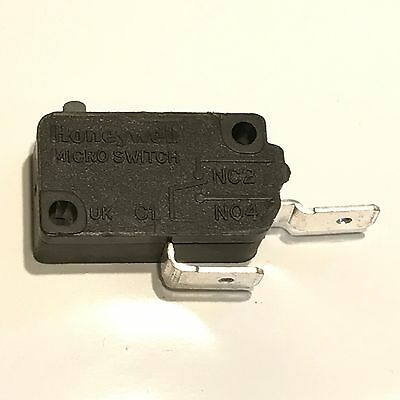 21 AMP G3 / V3 MICRO SWITCH USED IN SHOWERS, COOKER DOOR   V5A130CB3X202  blb123