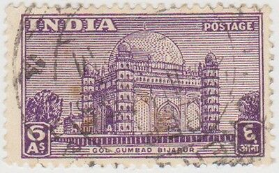 Stamp (I140) 1948 INDIA 6a violet Go Gumbadbijapurow317