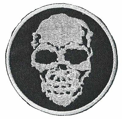 patch 1425 - Ecusson brodé patche SKULL thermo-adhésif thermocollant