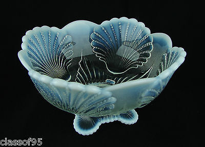 French Opal ~ Beaded Shell - Master Berry Bowl ~ Mosser Reproduction ~ Mint Cond
