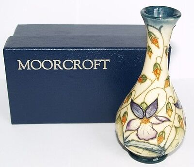stunning moorcroft 1950 39 s colourful clematis round 5 vase made in england. Black Bedroom Furniture Sets. Home Design Ideas