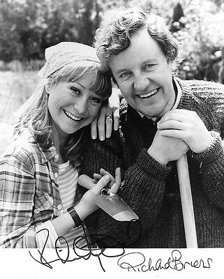 Richard Briers (The Good Life) Cast Signed Photo Print 01
