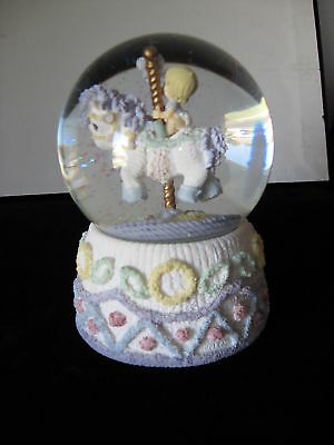 """Precious Moments  """"Ring Around The Rosie"""" Waterball VINTAGE 2001"""