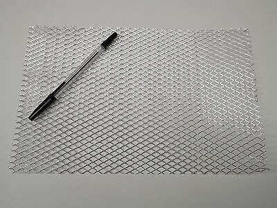 A4 Sheet of Coarse Aluminium Wire Mesh - Flat Packed 20 x 30 cm