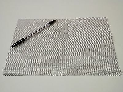 A4 Sheet of Medium Aluminium Wire Mesh - Flat Packed 20 x 30 cm