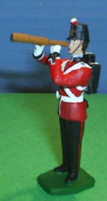 TOY SOLDIERS METAL FORT HENRY GUARDS SOLDIER WITH TELESCOPE 54M