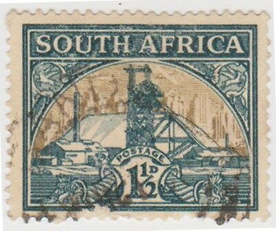 (RSA146)1933SouthAfrica 1½dGreen&gold goldmine(South)A)