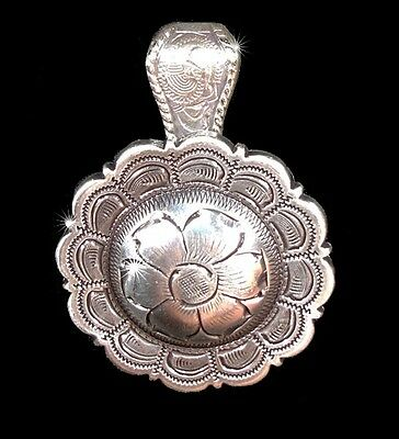 """Western Cowgirl Jewelry 1 1/2"""" Antique Silver Flower Concho Pendant Kit"""