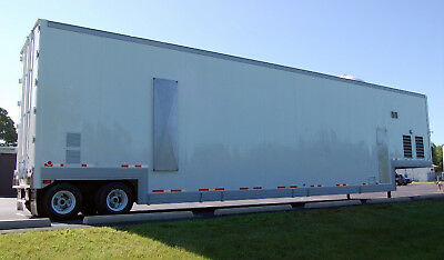 Mobile Class 10 (ISO Class 4) Clean Room (For Sale or Lease)